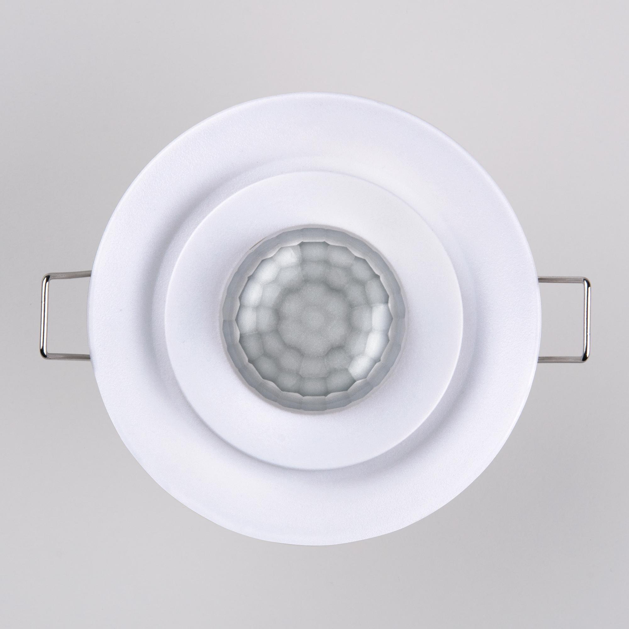 SNS-M-12 8m 2,2-4m 800W IP20 360 Белый