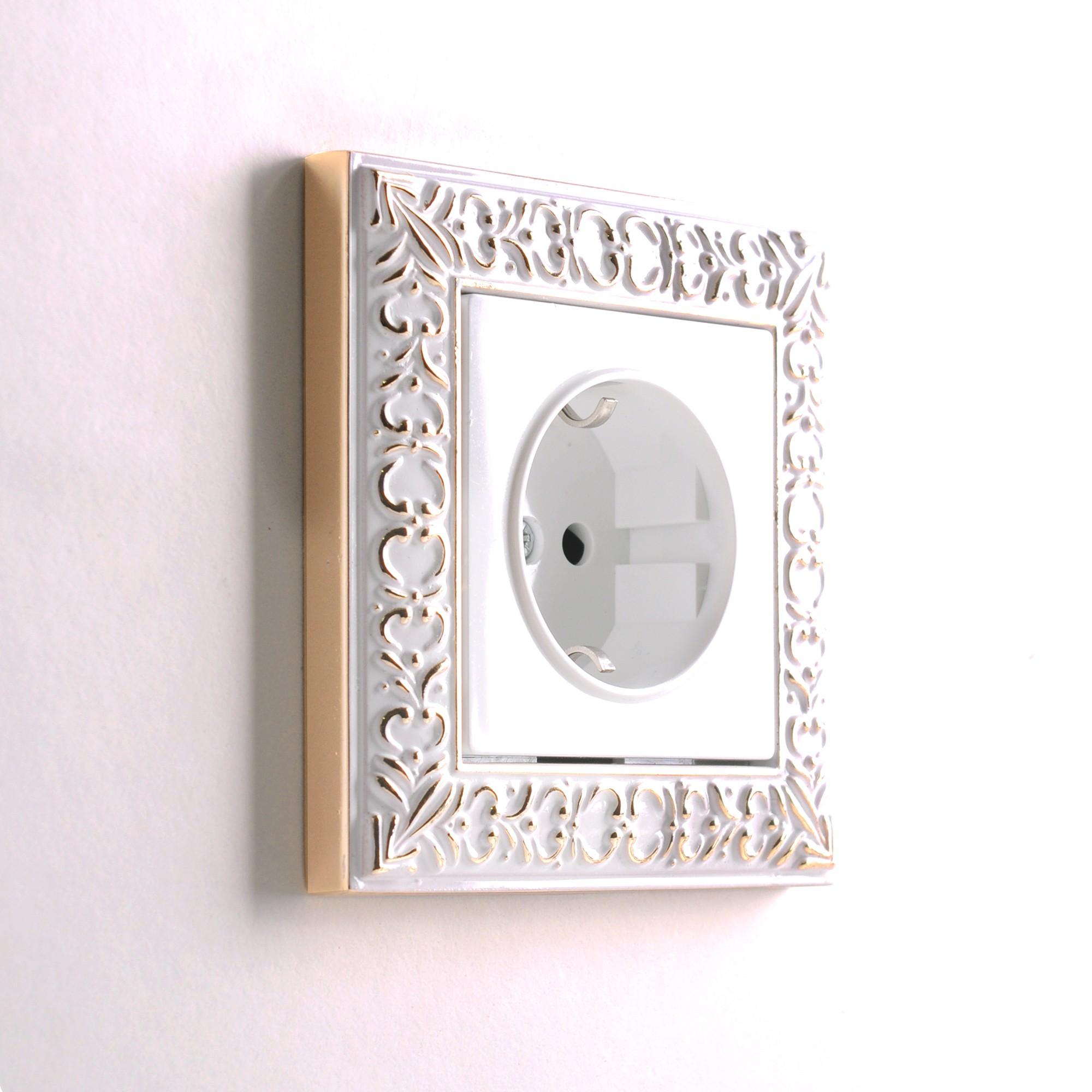 WL07-Frame-01/Рамка на 1 пост (белое золото)