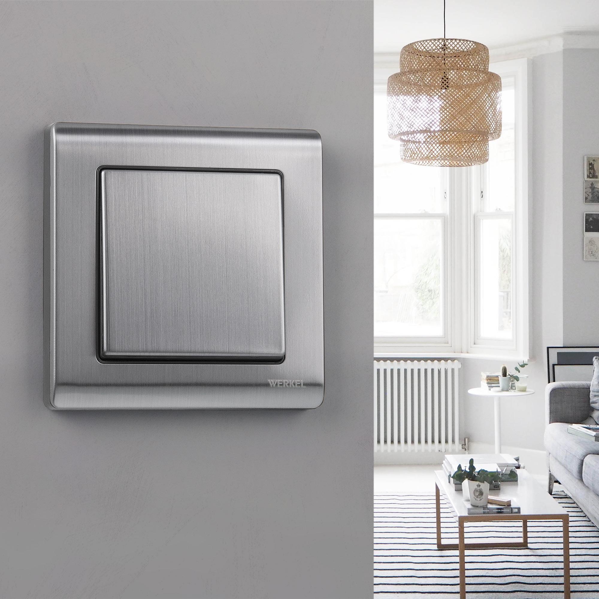 Рамка на 1 пост WL02-Frame-01 глянцевый никель