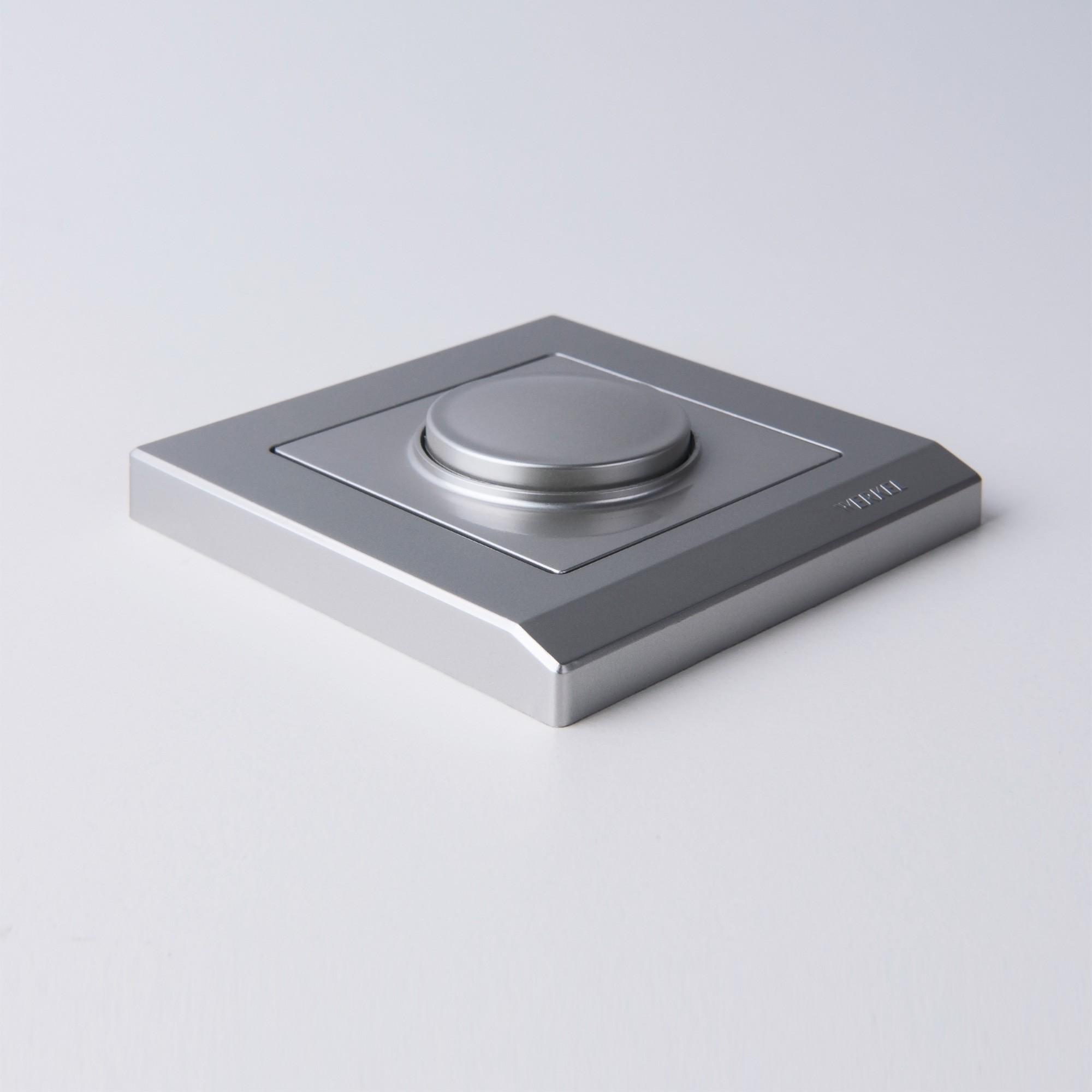 WL04-Frame-01 /Рамка на 1 пост (серебряный)