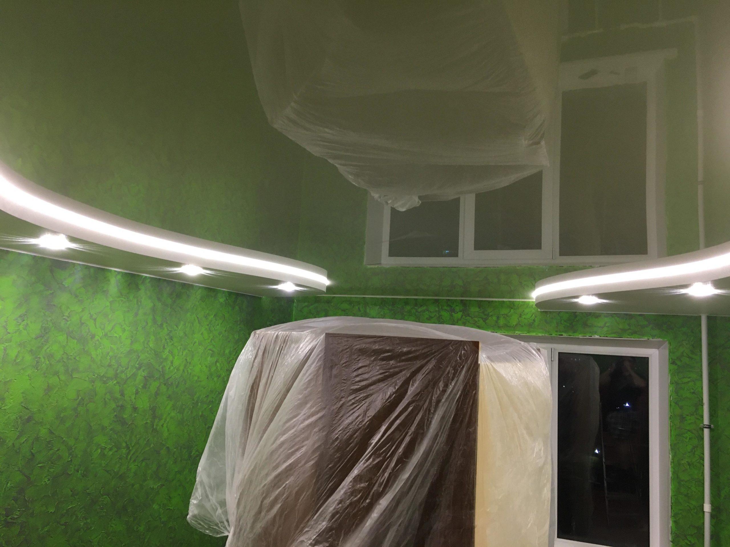 ковров натяжные потолки установка в абажуре